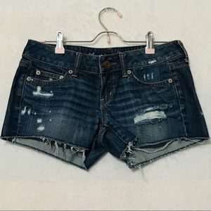 AMERICAN EAGLE Jean Distressed Raw Hem Shorts
